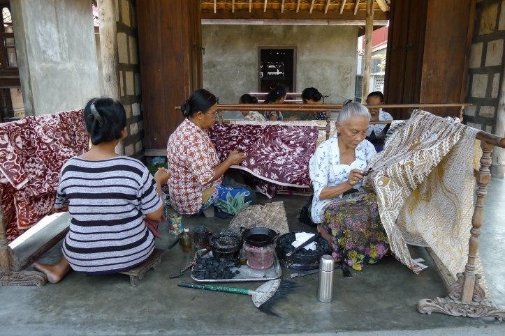 Women_Making_Batik_Ketelan