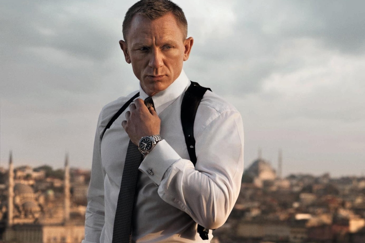 James Bond and wristwatches