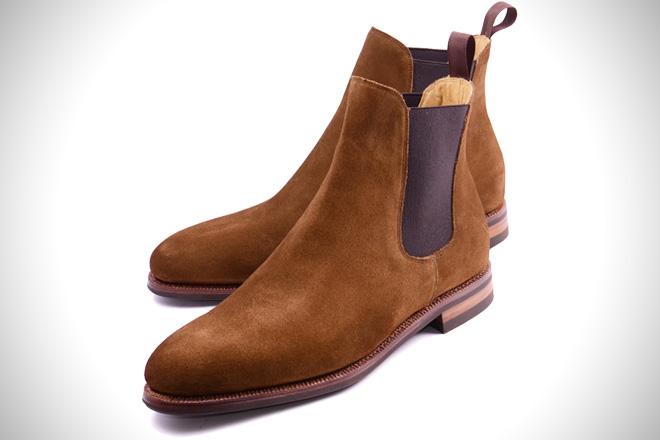 chelsea boots.jpg
